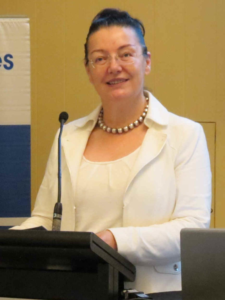 Dr. Floreana Coman